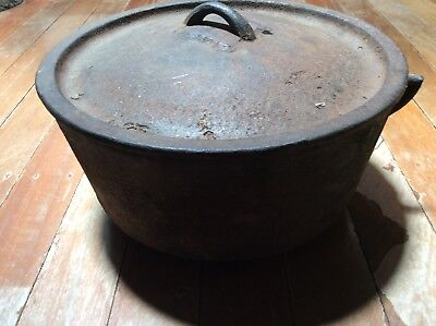 Antique? cast iron camp oven 13 inch top inside diameter