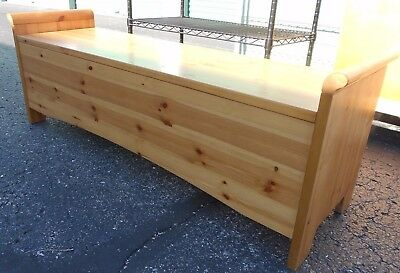 POTTERY BARN   Large Cedar Hope Chest Or Bench In Natural Finish Made In  Italy