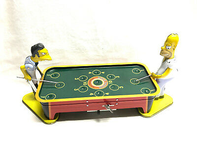 SIMPSONS MOE'S TAVERN POOL GAME Springfield ROCKET USA 2000 Wind Up Blech