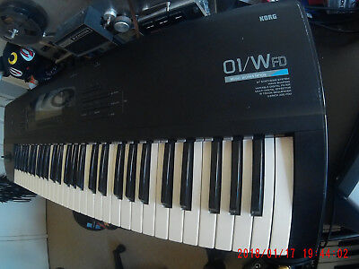 Korg 01/w FD classic digital poly synth 80s M1 FREE SHIPPING