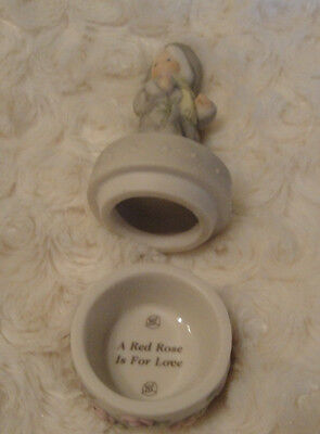"""Pretty as a Picture """"A Red Rose Is For Love"""" Ring  Box 98' Kim Anderson  #376620"""
