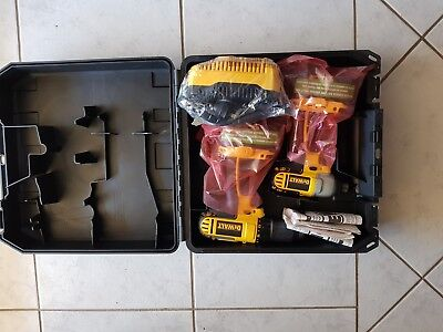 DEWALT DCK265L 18V Compact Lithium-Ion Hammer Drill/Impact Driver Tool Combo Kit