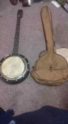 The Windsor eclipse Patent Zither Model 10 A.O.Windsor 5 String Banjo With Case