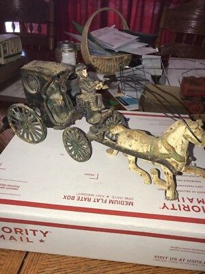 Antique Vintage Cast Iron English Horse Drawn Carriage Buggy Toy Kenton