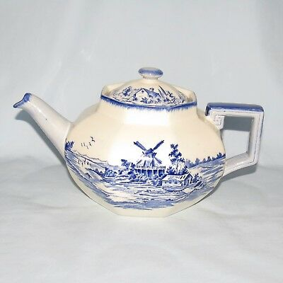 ROYAL DOULTON BLUE AND WHITE NORFOLK TEAPOT HEXAGONAL SHAPE top condition