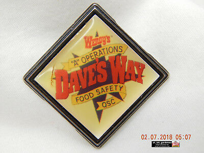 """Wendy's: Dave's Way """"a"""" Operations Pinback-Manager & Crew Pinback-Used-As Is!"""