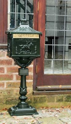 """Green Free Standing """"Huntingdon"""" Post Box Or Mail Box / Letterbox"""