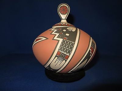 Mata Ortiz Hand Crafted Deep Etched Pottery With Lid Signed Lazaro Ozuna Silvera