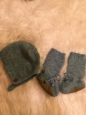misha puff Hat And Booties 12-18 Months