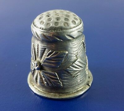 Vintage Sterling Silver Thimble With Large Flowers 4.7 Grams 20 mm Dia. At Base