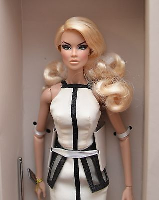 NRFB Fashion Royalty Vanessa Perrin Edge Competition Award Doll by Lisa Ramsammy