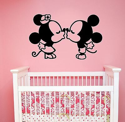 Disney Wall Decal Kissing Mickey Minnie Mouse Vinyl Sticker