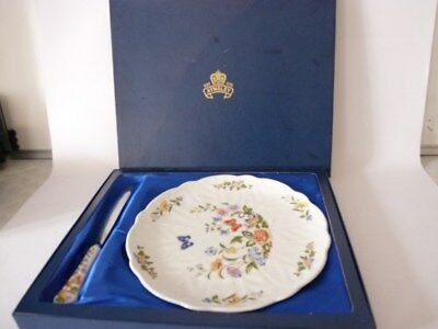 "Plat a gâteaux porcelaine "" Aynsley "" England art de la table (23575)"