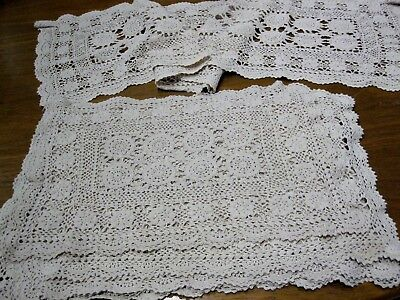 A Beautiful Vintage Light Beige Crochet Runner  + 7 Matching Placemats
