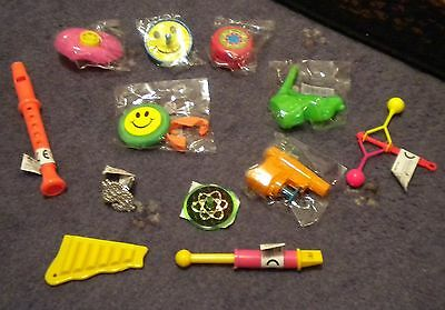 12 Gifts/fillers/toys,hats,snaps & Jokes To Make Ur Own Christmas/xmas Crackers