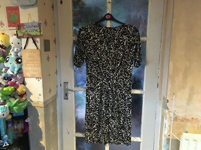 George Ladies Dress Size 12, Brand New Without Tags, Beautiful Design, Lovely.