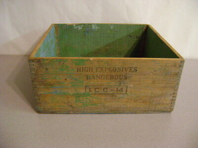 Antique Wooden Dupont Explosive Dynamite Box Vintage Dovetail Wood Crate