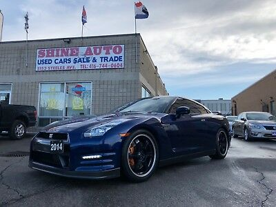 Nissan: GT-R Black Edition 2014 Nissan GT-R BLACK EDITION-ACCIDENT FREE-NISSAN SERVICED