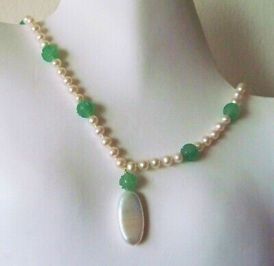Vintage Art Deco Carved Chinese Apple Green Onyx Beads Real Pearls Necklace 20""