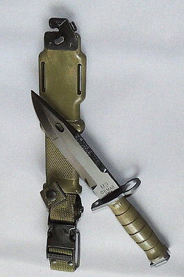 Military M9 Knife - Tri-Technologies With Scabbard - NEW