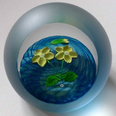 CAITHNESS Whitefriars Primroses FLOWERS SCOTTISH ART GLASS PAPERWEIGHT NUMBERED