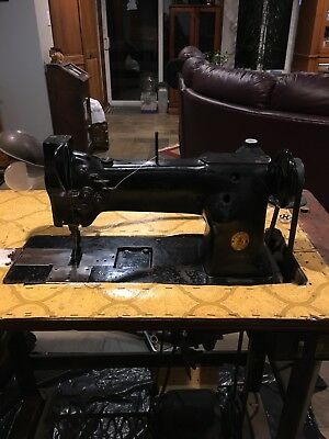 Industrial Singer 112w140 Double Needle Sewing Machine