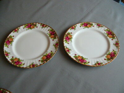"2 x 10.5"" Vintage Royal Albert Old Country Roses Dinner Plates"