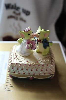 """Pocket dragons """"Wedding Wishes"""" box by Real Musgrave"""
