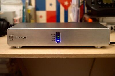 Belkin Pure Av Pf30 Audio Power Conditioner 5 Outlets, Silver.