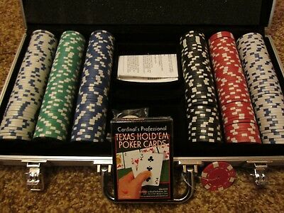 poker set 300 chips sturdy case Texas hold-em