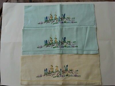 Vintage Embroidered Guest Hand Towels