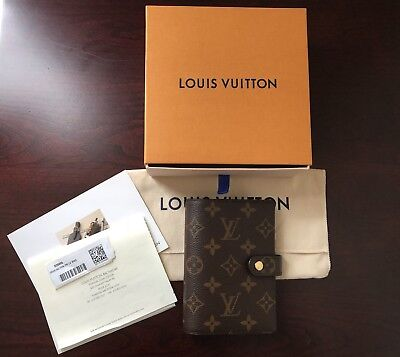 Louis Vuttion Small Ring Agenda Cover