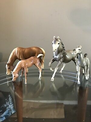 Breyer Lot Of 4 Mares And Foals Vintage Model Horses