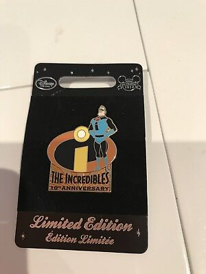 Disney Rare Limited Edition Pin The Incredibles Blue Suit Black I