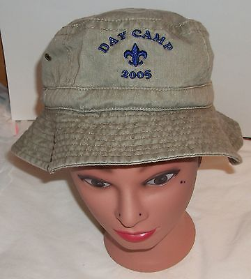 2005 Green Boy Scout Embroidered  Bucket Hat with Blue Insignia S/M Day Camp