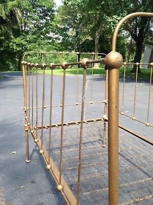 CIVIL WAR  REENACTMENT Antq Cast Wrought Iron STICK & BALL Baby Bed Crib DISPLAY