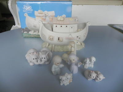 1992 PRECIOUS MOMENTS Noah's Ark Night Light TWO by TWO animals figurines 8 pcs
