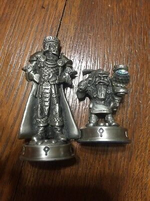 Fantasy of the Crystal Pewter Chess Game Piece ''King Arfon Warrior''  + Pawn