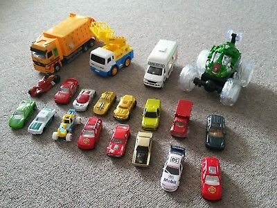 20 x bulk toy cars Matchbox, Hot Wheels and various others