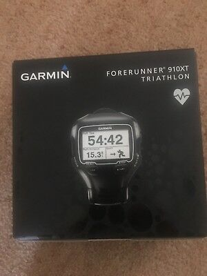Garmin Forerunner 910Xt with premium heart rate monitor and quick release kit.