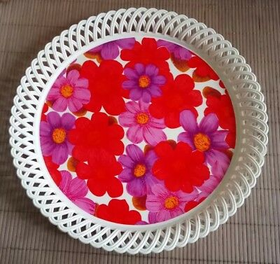 Vintage Retro Round Plastic Dialene Better-Maid Serving Tray. 70's Flower Power.