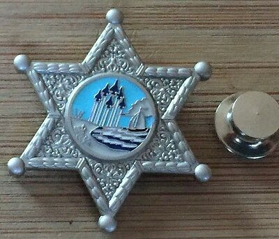 Escambia Cty Florida Sheriff's Office - SILVER badge lapel pin with deluxe clutc