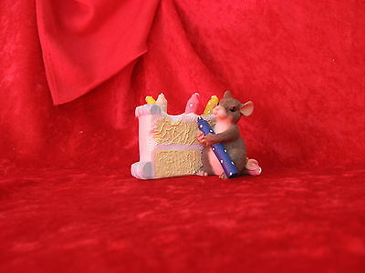 "Charming Tails   ""how Many Candles""      Mouse With Birthday Cake"