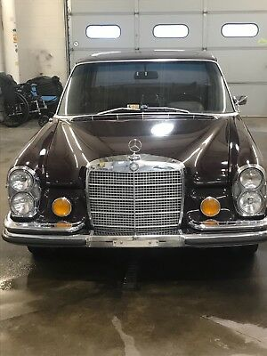 1972 Mercedes-Benz 200-Series  1972 Mercedes Benz 280se