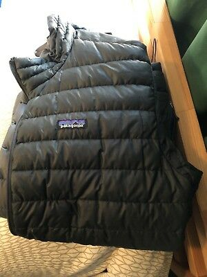 Mens outdoor clothing lot. Patagonia Arcteryx Ibex Prana North Face Minus 33