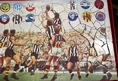 VFL( PreAFL) Jigsaw Puzzle. Game BetweenHawthorn& Collingwood & All Team Symbols