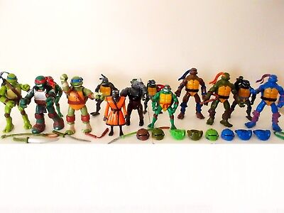 Teenage Mutant Ninja Turtles (TMNT) Mixed Lot -28 Items- Weapons Cache