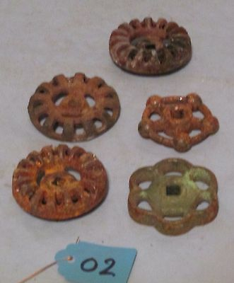 Lot 5 Sm Vintage Industrial Machine Age Water Valve Handles Steampunk Art used