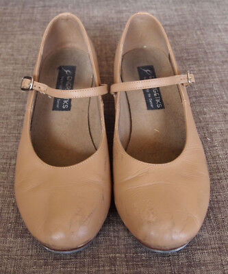 """""""Energetiks """" Beige  Leather Tap Buckle Shoes.Size 8.5"""