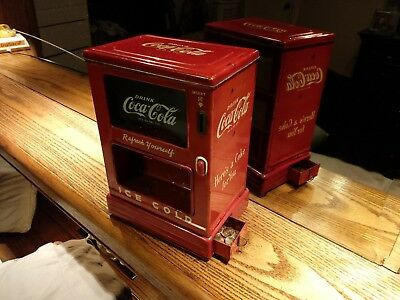 LINEMAR MARX 1st VERSION COKE COCA COLA COIN BATTERY OPERATED DISPENSER BANK